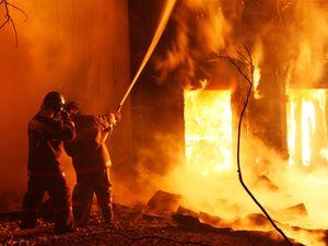 В Курской области сгорело здание
