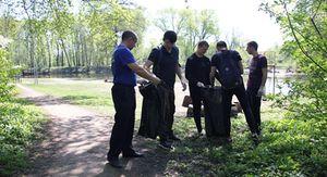В Курске иностранных студентов привлекли к уборке Боевой дачи
