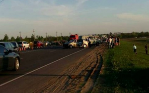 В Курске в результате лобового столкновении с такси семь человек госпитализировали