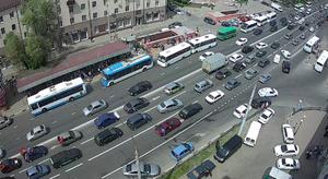 В Белгороде в сторону проспекта Славы собралась огромная пробка из машин