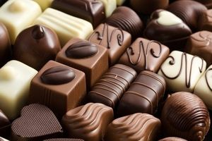 В Белгороде мужчина пытался украсть пять упаковок конфет из магазина