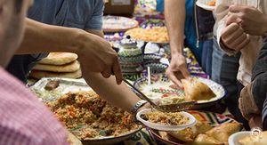 В Курске на фестивале центрально-азиатской кухни угощали пловом и пахлавой
