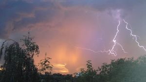 Европейский циклон принесет в Курск грозы и дожди