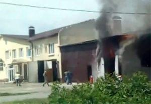 В Белгородском районе сгорела СТО, видео