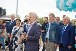 В Красной Яруге открыли спорткомплекс с двумя бассейнами