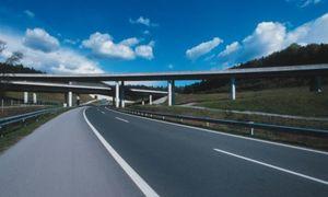 12 участков дороги капитально ремонтируют в Белгороде