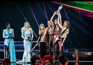 """Солист победившей на """"Евровидении-2021"""" рок-группы Måneskin пройдет тест на наркотики"""