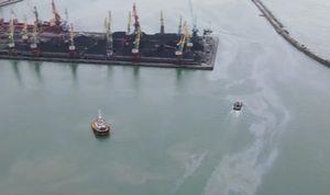 В Туапсе из-за разлива нефти в Черном море ввели режим повышенной готовности