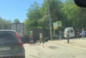 В Самаре на ул. Партизанской грузовик Shaanxi сбил насмерть пешехода 27 мая 2021 года