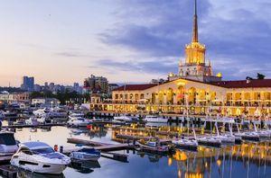 Сочи возглавил список самых популярных направлений для летнего отдыха у россиян