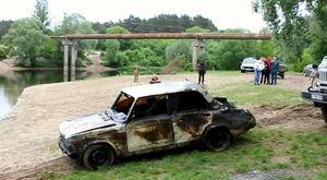В Курске 31 мая из реки Сейм вытащили затонувшую машину