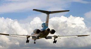Врач Мясников перечислил пять категорий людей, которым опасно летать на самолетах