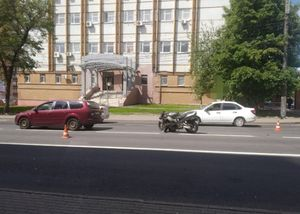 В Курске в ДТП на ул. Радищева пострадал 38-летний мотоциклист