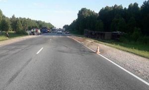 Женщина-водитель погибла в ДТП с фурой в Новосибирской области