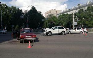 16-летняя девушка пострадала в ДТП на ул. Плехановской в Воронеже