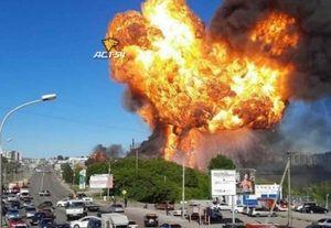 В Новосибирске после крупного пожара задержаны директор и инженер АЗС