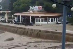 Один человек погиб в результате подтоплений в Ялте в Крыму