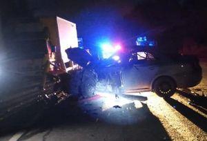 Два человека пострадали в ДТП с Toyota и фурой в Свердловской области