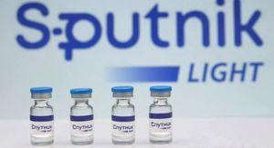 Вакцина от коронавируса «Спутник Лайт» поступила в гражданский оборот в России