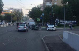 В Ростове в ДТП с заснувшим за рулем таксистом пострадала 9-летняя девочка