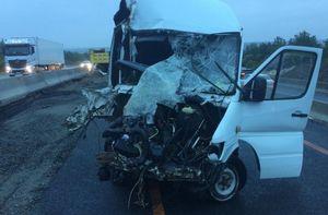 12 человек пострадали в ДТП с грузовиками и автобусом в Воронежской области