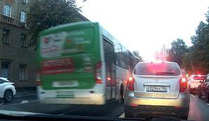 Водителя маршрутки в Воронеже оштрафовали за езду по встречке