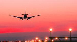 Молния ударила в летевший из Екатеринбурга в Сочи самолет