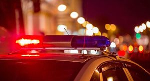 В Курске водитель без прав врезался в световую опору