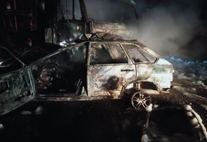 В Курской области после ДТП сгорели КАМАЗ и ВАЗ, погибли два человека