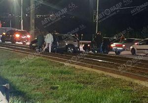 Два человека пострадали в ДТП на Перекальского в Курске